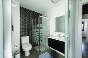 2de Bathroom